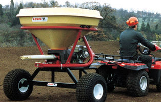 Logic Fertiliser Spreader VC