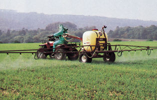 Trailed Sprayers & Spreaders